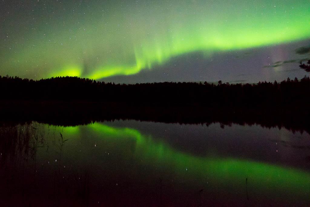 Polarlicht über dem See
